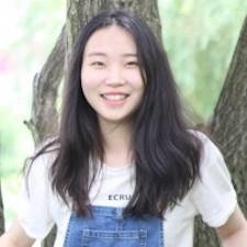 new college alumna Yiling Zhang