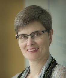 Photo of Elizabeth Irving