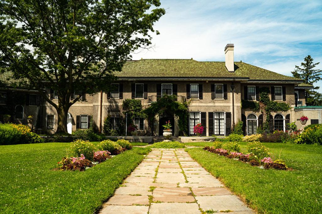 Glendon Manor