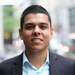 comn alumnus Manuel Arellano