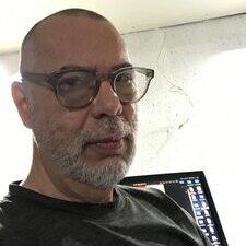 communications professor Steven Pinter
