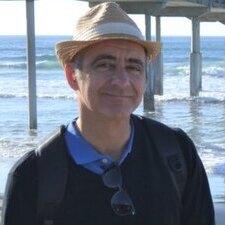 huma professor Dan Azoulay