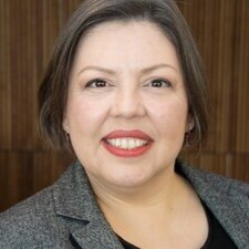 IEP alumna Debora De Costa Azevedo