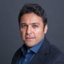 IEP alumnus Farhad Pourimohammad