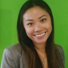 HRM alumna Christy Leung profile photo