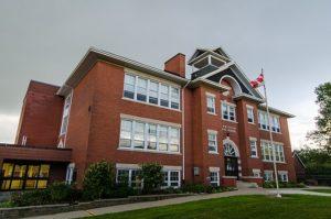 Summitview Public School exterior