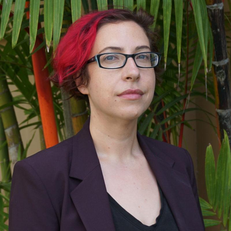 Profile photo of professor Kelly Bergstrom