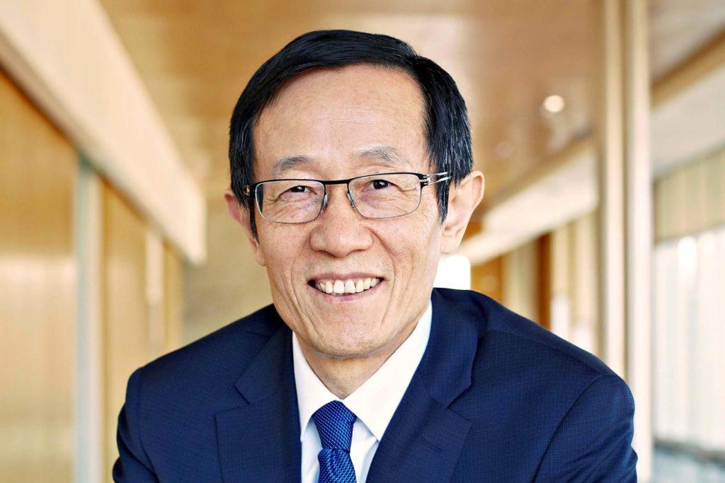 Dean Rui Wang.
