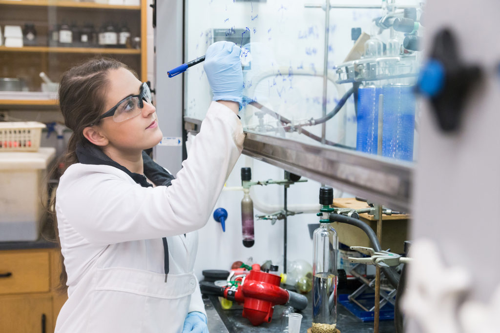 Female science student in lab.